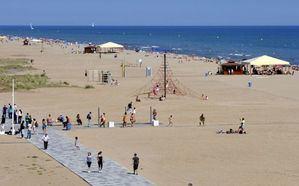 La bandera azul ondeará en Castelldefels y Gavà