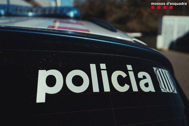 Detenido un hombre por el presunto asesinato de su mujer en El Prat