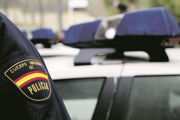 Desarticulado un grupo criminal que estafó más de 200.000 euros con una plataforma de compraventa desde L'Hospitalet