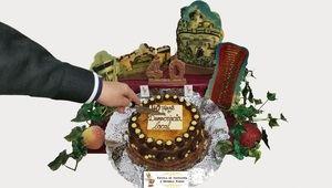 Cuatro de nuestros edificios más emblemáticos coronan la tarta elaborada por el maestro pastelero José Domingo (Divine's), en conmemoración del 40 aniversario de las primeras elecciones municipales democráticas.