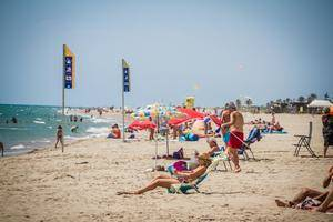 La playa del Prat, la mejor valorada del Área Metropolitana de Barcelona
