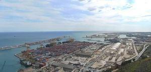 El Puerto crece un 14,5% en el tráfico de contenedores hasta octubre