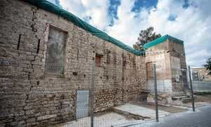 Acuerdo para rehabilitar el Castell de Bellvís, símbolo del barrio de La Torrassa
