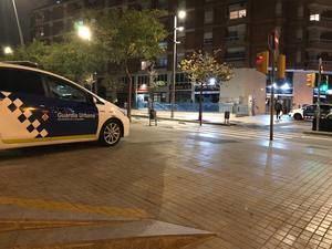 La Guardia Urbana de L'Hospitalet denuncia a un restaurante con 16 comensales dentro