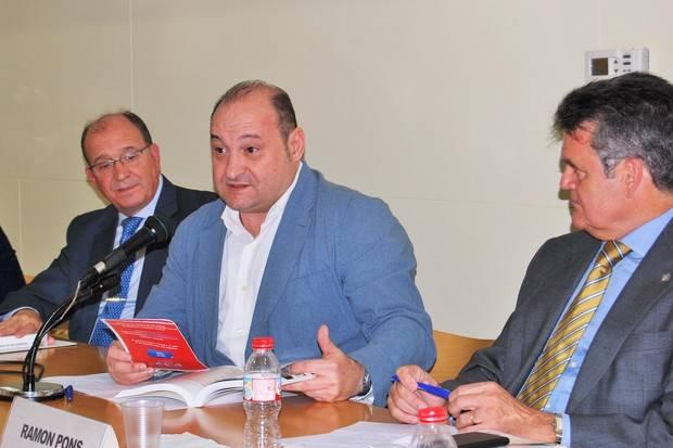 Carles Ruiz, alcalde de Viladecans, en un debate económico organizado por El Llobregat y BCN Content Factory