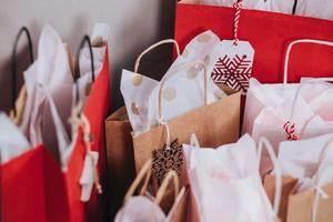 Sant Just Desvern contratará jóvenes para que apoyen al comercio local durante la campaña de Navidad