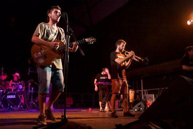 Uno de los conciertos de Sona Baix de 2015.