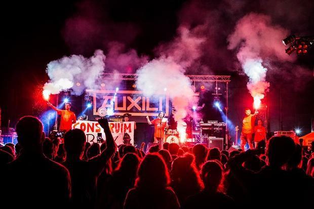 Reivindicación y fiesta para la sexta edición del Sona Baix