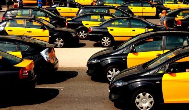 Fomento recibe a las principales asociaciones del Taxi y VTC