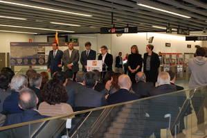 Els alcaldes de L'H i El Prat, satisfets amb el nou tram de l'L9, però amb ganes de més infraestructures