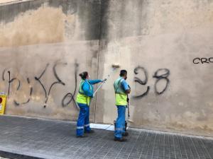 La acción Net i polit llega a la travesera de Collblanc y a la calle de Almadén
