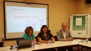 Per ordre: Carme L�pez, directora adjunta; N�ria Vallduriola, directora de Serveis Territorials d'Ensenyament al Baix Llobregat; i Ramon Masriera, inspector en cap
