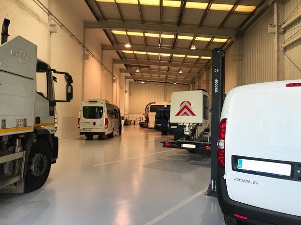 La empresa EVARM abre una nueva nave y continua líder en transformación de vehículos de hidrógeno