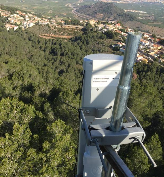 Una instalación de Cambium Networks en la montaña.