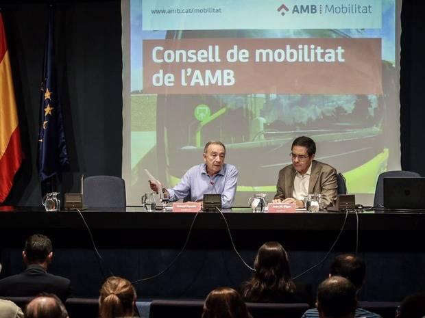 Sant Boi, Castelldefels y Sant Just Desvern serán los primeros municipios en aplicar restricciones de tráfico en sus núcleos urbanos